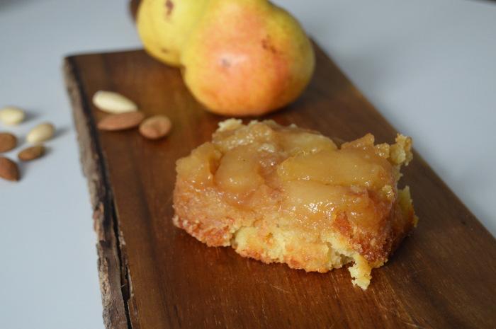 päärynäkakku